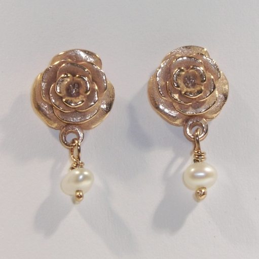 Rose with white pearl, rose gold plate earrings