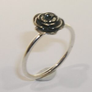 Silver small rose ring