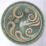 Stoneware bowl with sgraffito Spiral Flower design