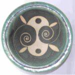 Stoneware bowl with sgraffito Spirals design