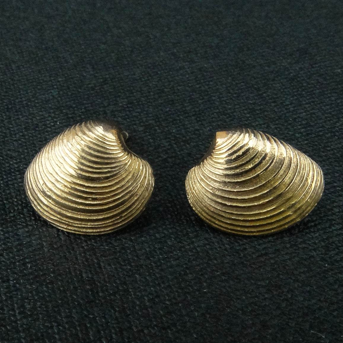 a9b4f0538b6 Rose gold plated Venus shell studs by Karen Thomas - Pyramid Gallery