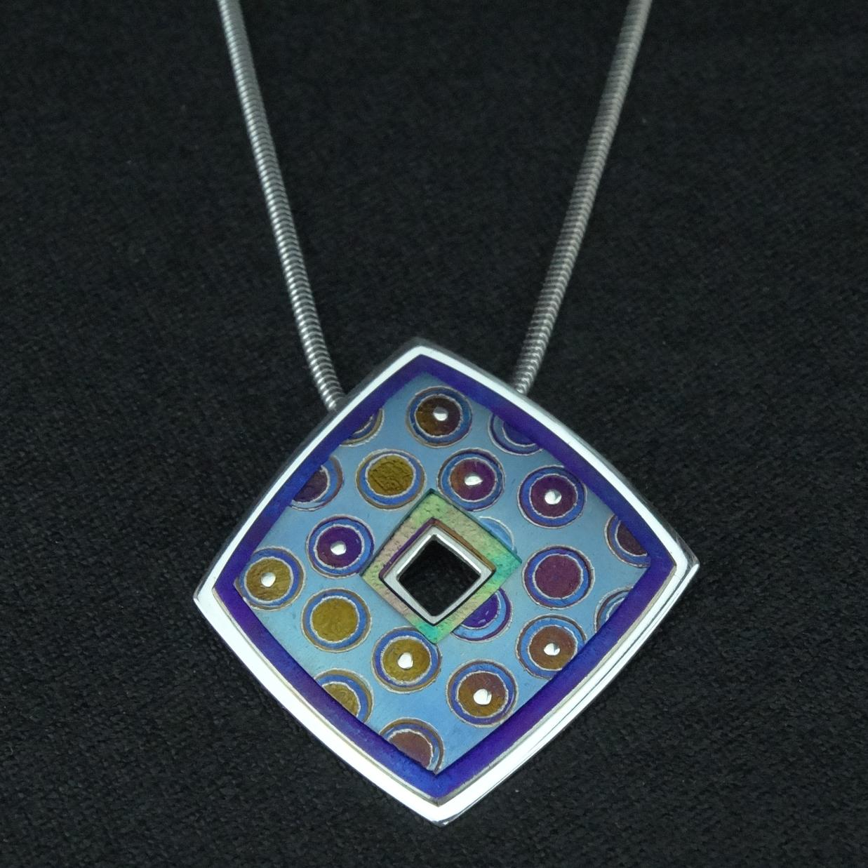 front pendant back plain on talisman titanium sos chain