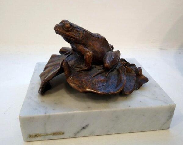frog bronze