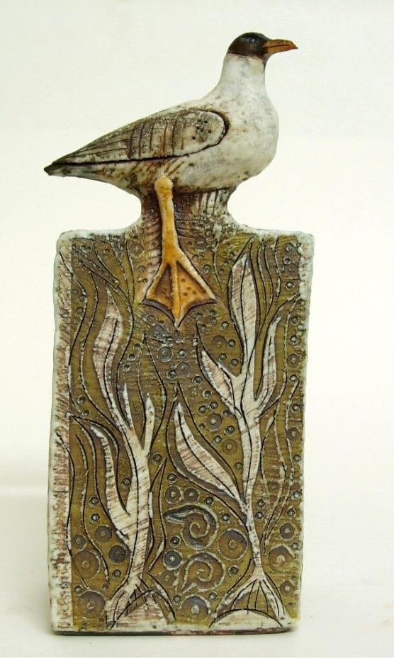 black headed gull sculpture